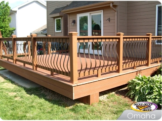 Low Maintenance deck with Belly Balusters