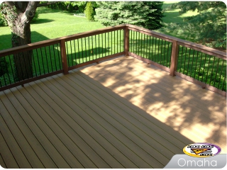Low Maintenance deck with Aluminum balusters