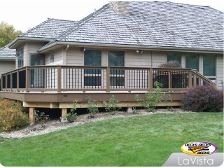 Composite deck with aluminum balusters