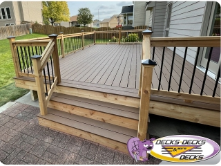 Composite-and-Cedar-aluminum-deck