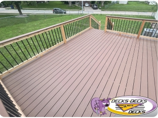Flat-top-deck-handrail-Bellevue-Nebraska