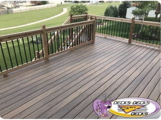 La Vista deck builders omaha