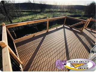 Mixed composite and cedar deck